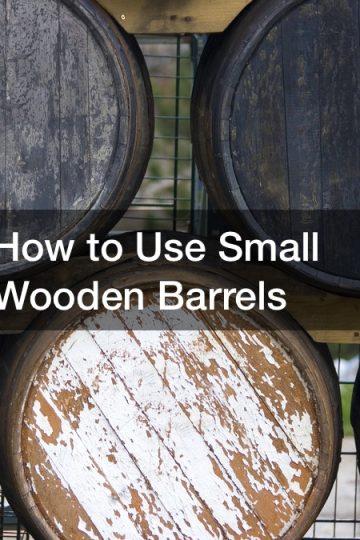 small wooden barrels